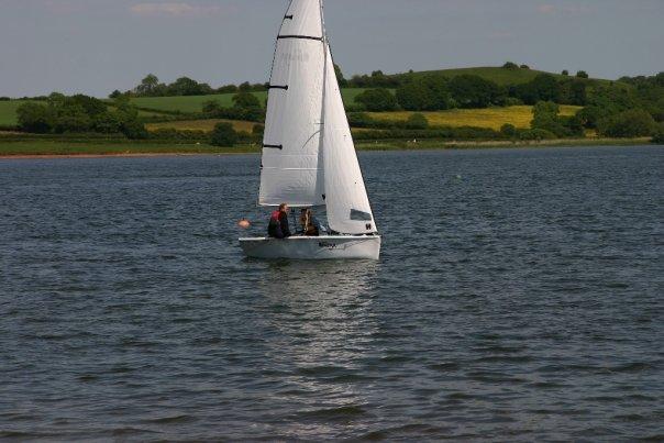 Sailing my Topaz Omega Sport at Chew Vally Lake